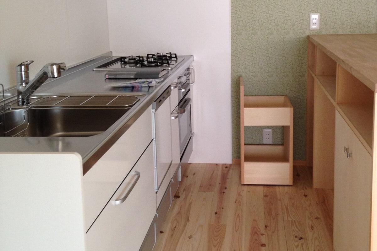 程良い距離感の家のキッチン