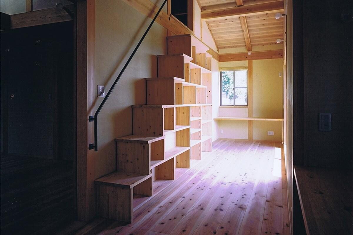 個室をつなぐ、共有スペース