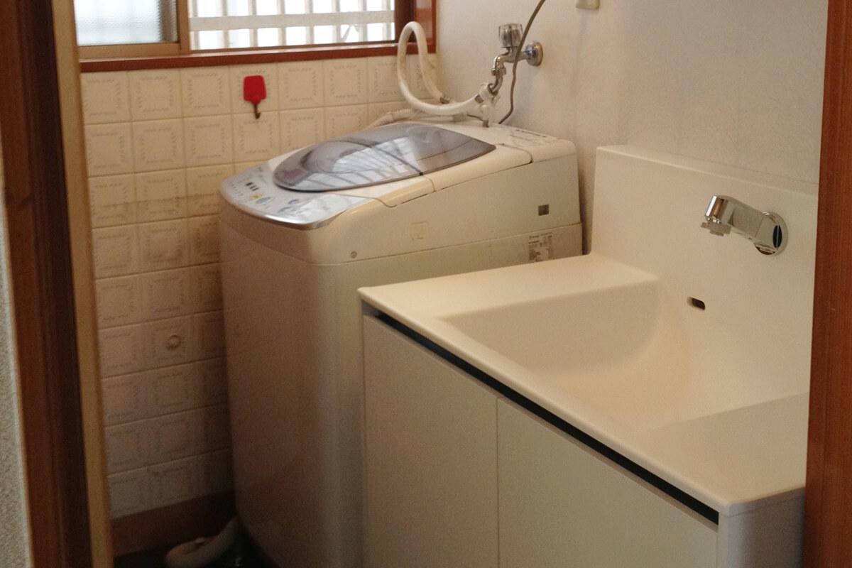 無駄なスペースをなくした洗面所