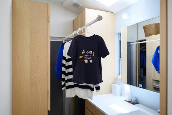 部屋干し可能な洗面所