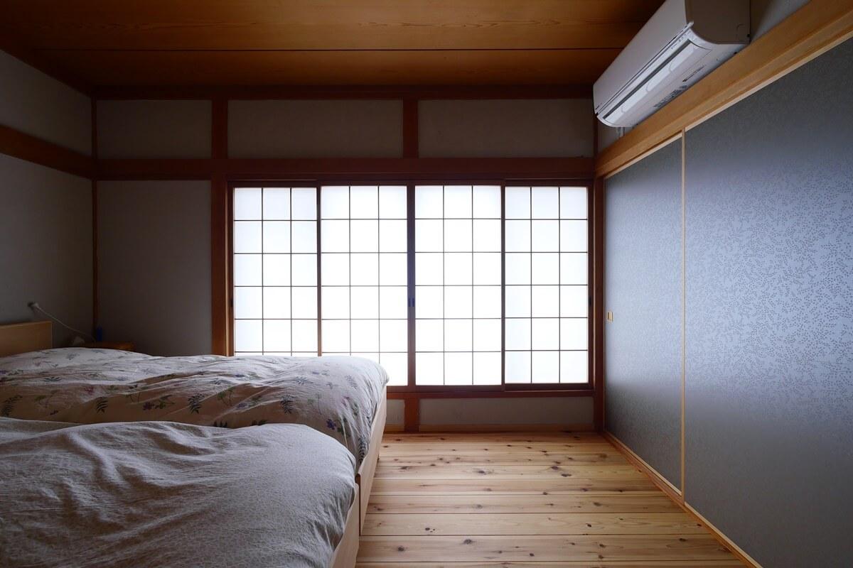 リノベーション前の和室を活かした寝室