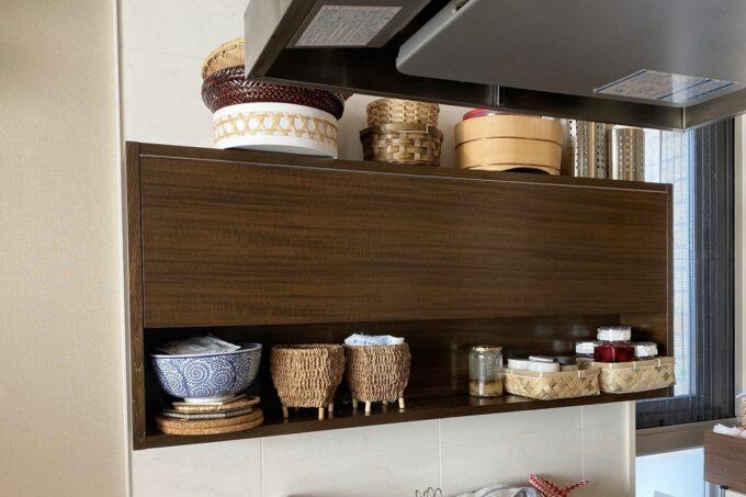 キッチンの使いやすさを改善した吊戸棚