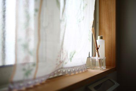 2階トイレの窓、明るくて優しい雰囲気